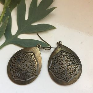 Accessories - Cute Vintage Tear Drop Earrings